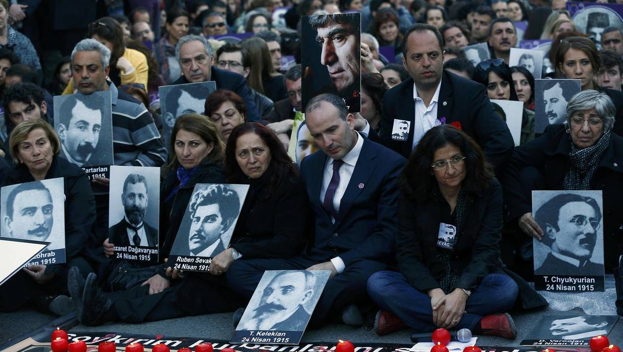 Le Parlement néerlandais reconnaît le génocide arménien
