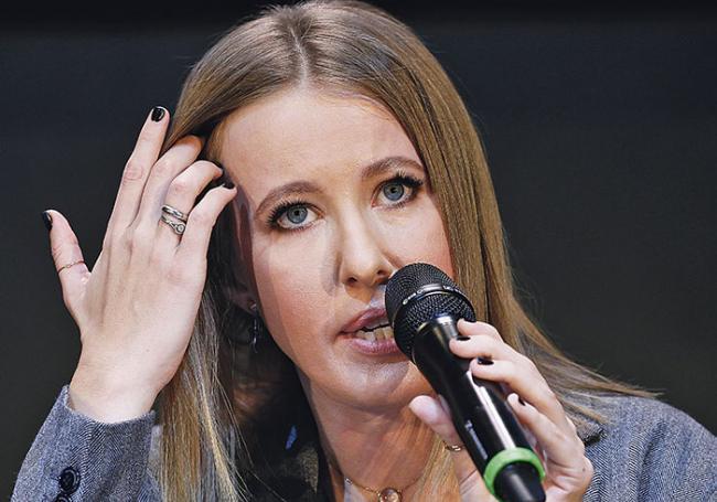 La candidate à la présidentielle russe Ksenia Sobtchak agressée à Moscou