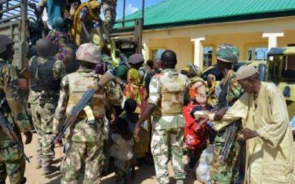 Nigeria: l'armée annonce la libération de plus de 1 000 otages de Boko Haram