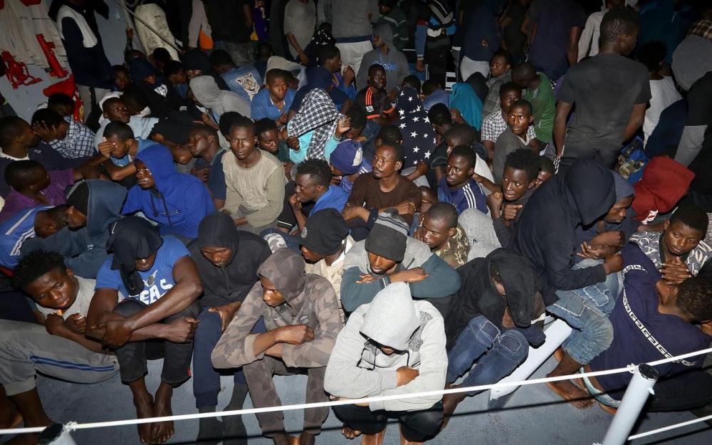 La marine libyenne sauve près d'un millier de migrants en une seule journée