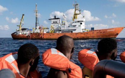 L'Espagne accepte d'accueillir les migrants sauvés à bord de l'Aquarius