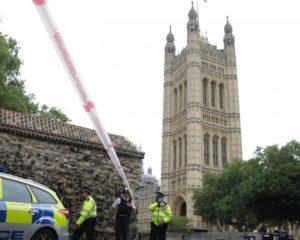 Nouvelle attaque à la voiture bélier aux abords du Parlement britannique