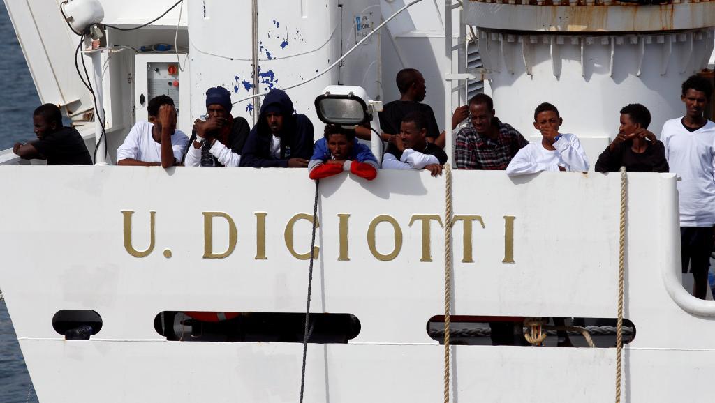 Italie : Plus de 50 migrants du Diciotti évanouis dans la nature