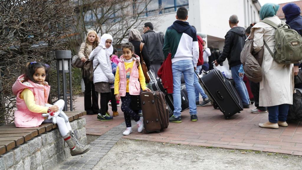 Des employés dans les foyers de demandeurs d'asile en Allemagne jugés pour maltraitances