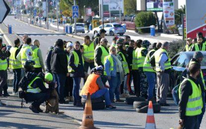 France : le mouvement des « gilets jaunes » impacte l'économie