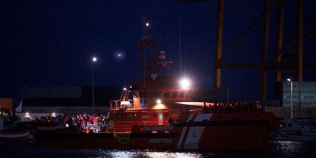 Espagne : Douze migrants retrouvés morts après le sauvetage de leur embarcation