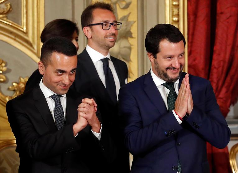 Les deux vices-premiers ministres italiens apportent leur soutien aux «gilets jaunes»