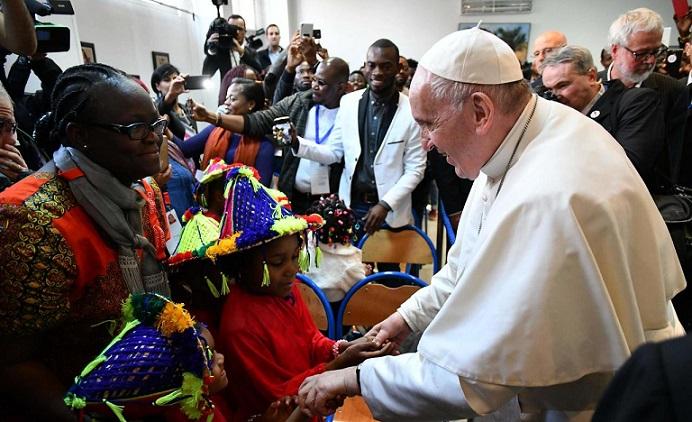 Maroc: Le Pape célèbre une messe à Rabat