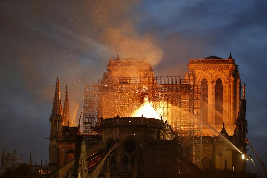 Notre-Dame: Le Roi Mohammed VI décide une contribution financière du Maroc