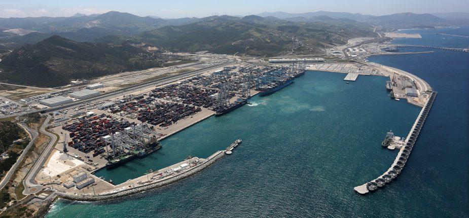 Maroc: Le Prince héritier représente SM le Roi à l'inauguration de Tanger Med II, le plus grand port en Afrique