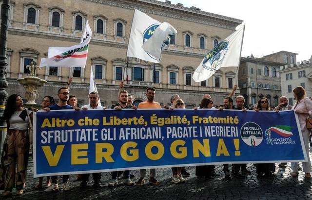 Un don de la Ville de Paris à SOS Méditerranée fait bondir l'extrême-droite italienne