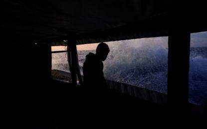 Rome autorise le navire Open Arms de débarquer les 62 migrants à son bor