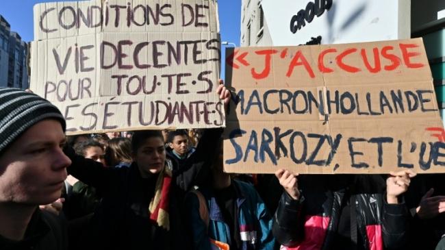 France : l'épicerie solidaire aide les étudiants parisiens à joindre les deux bouts