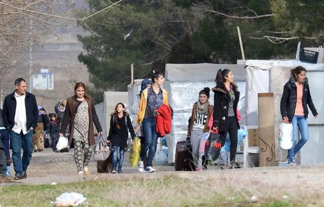La France accueillie 27 femmes yézidies et leurs enfants victimes du groupe EI en Irak