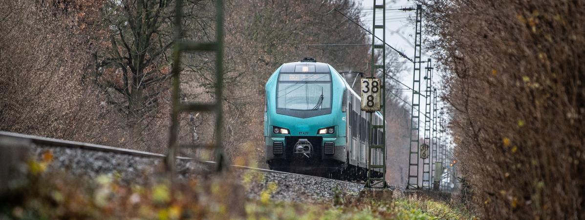 L'Allemagne baisse les prix des billets de train pour protéger le climat