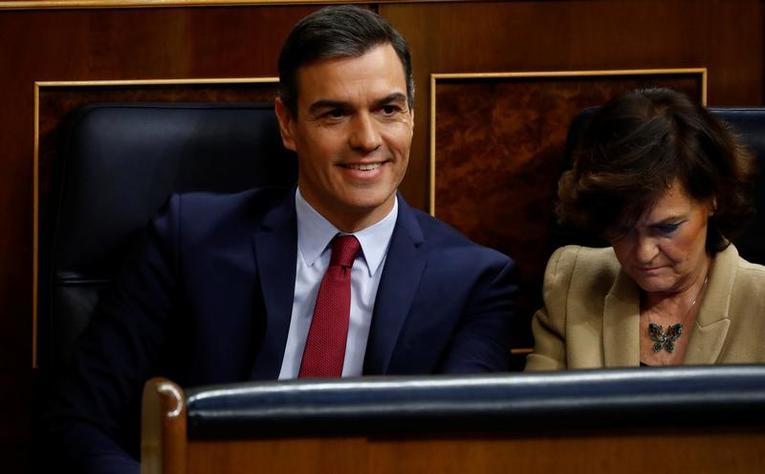 Espagne : Pedro Sanchez reconduit de justesse à la tête du gouvernement