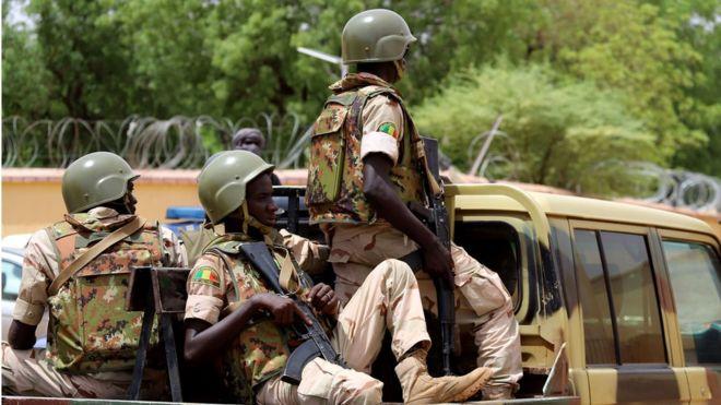 Trois soldats maliens tués dans une attaque contre leur camp à Tombouctou