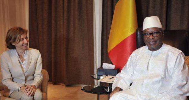 Le président malien IBK reconnaît l'existence de contacts avec les groupes djihadistes