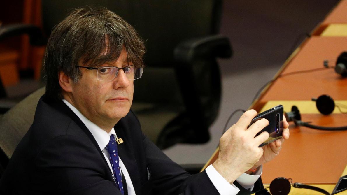 La justice belge bloque l'extradition des leaders catalans Puigdemont et Comin