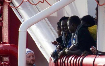 Méditerranée : Le navire «Ocean Viking» recueille 274 migrants au large de la Libye