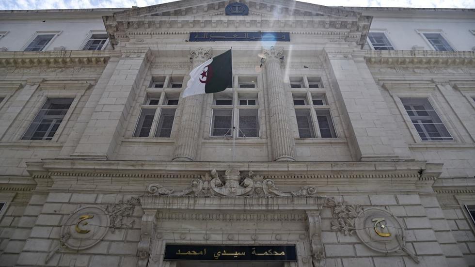 Le fils du président algérien Tebboune épinglé par la justice pour trafic d'influence