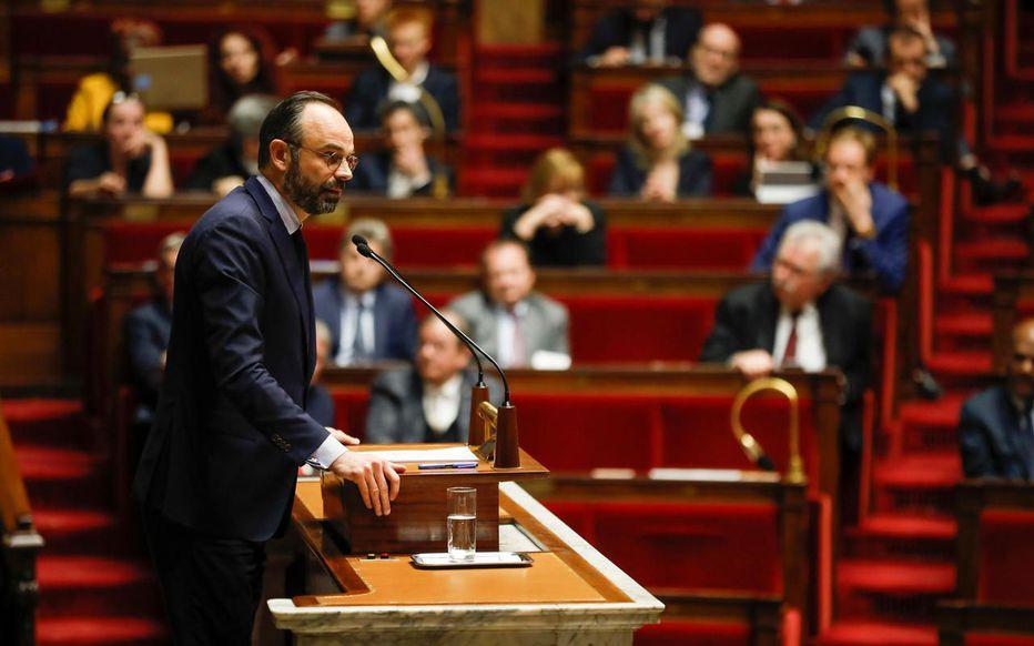 France : l'Assemblée nationale rejette deux motions de censure pour bloquer la réforme des retraites