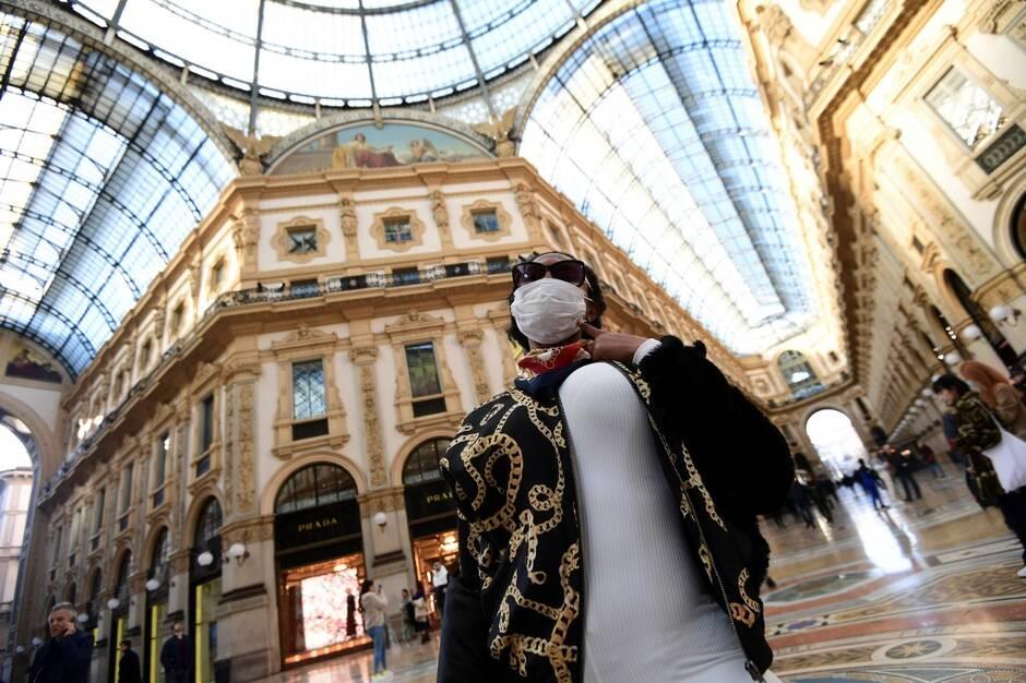 Environ 500 nouveaux cas d'infection au coronavirus en l'espace de 24 heures en Italie