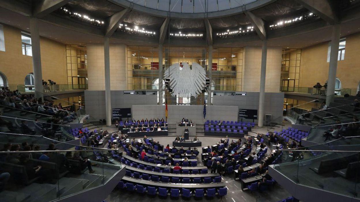 Coronavirus : L'Allemagne mobilise 1.100 milliards d'euros pour sauver son économie