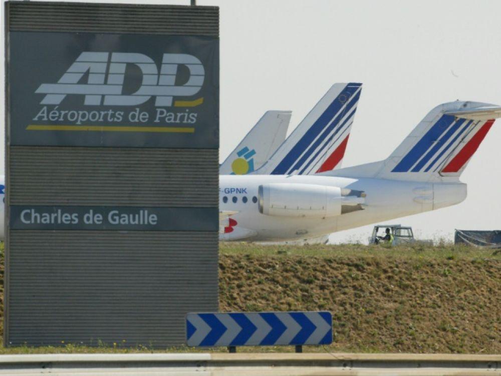 Le gouvernement français suspend la privatisation des Aéroports de Paris