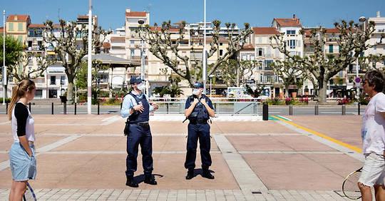 France : La loi d'état d'urgence sanitaire en retard par rapport au début du déconfinement