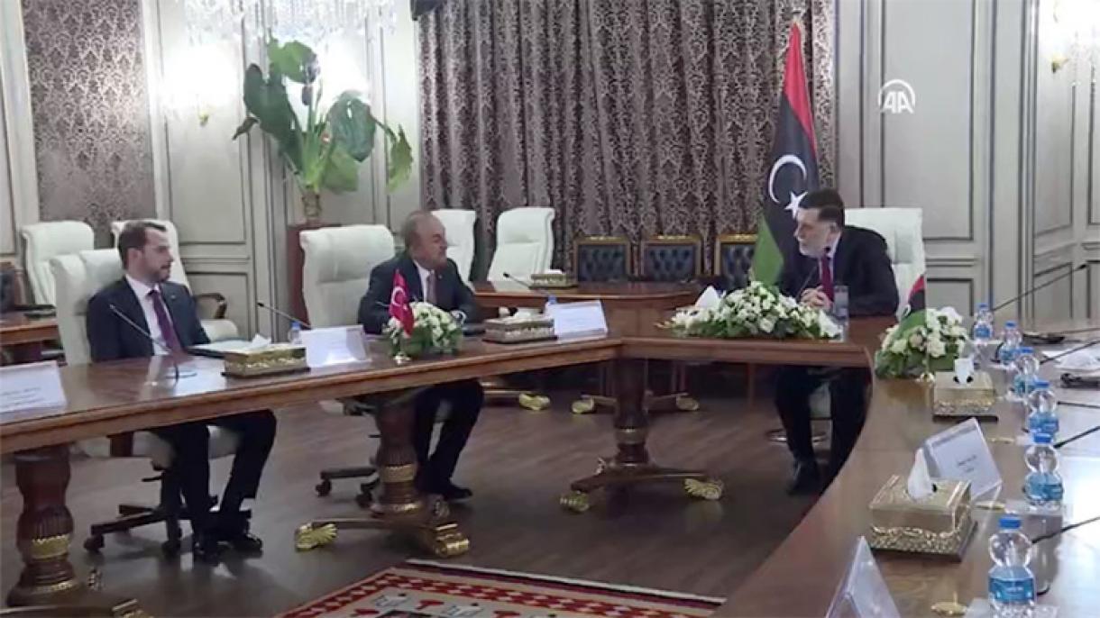 Le Premier ministre libyen reçoit une haute délégation turque à Tripoli