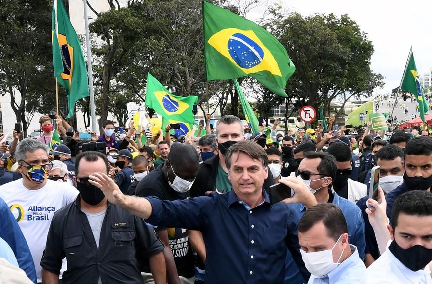 Le Brésil est désormais le troisième pays au monde comptant le plus de morts de Covid-19