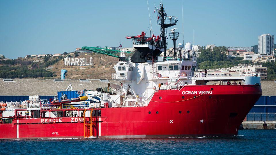 Italie : Une cinquantaine de migrants sauvés par le navire Ocean Viking  au large de Lampedusa