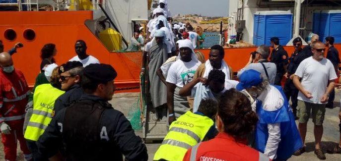 Covid-19 : des centaines de clandestins enfreignent leur quarantaine en Italie