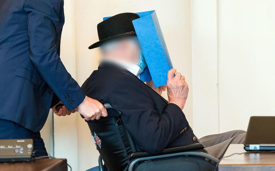 La justice allemande inflige deux ans de réclusion à un ex-garde de camp nazi