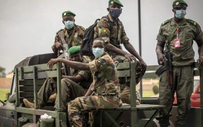 Mali : La junte au pouvoir propose trois ans de transition sous direction militaire