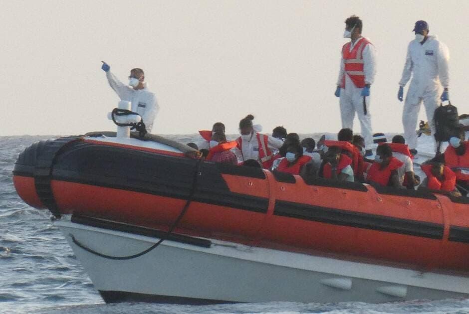 Le maire de Lampedusa appelle à une grève générale face aux flux massifs de migrants en Italie
