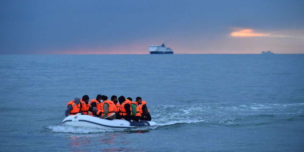 Accord franco-britannique pour lutter contre l'immigration clandestine via la Manche