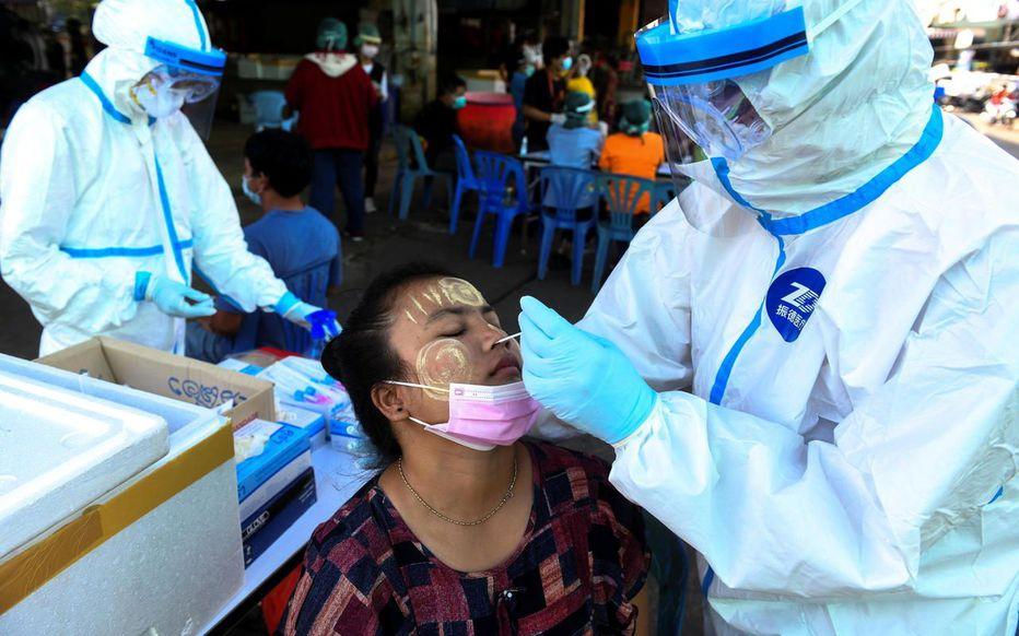 Covid-19 : la Thaïlande veut dépister jusqu'à 40 000 personnes après la découverte d'un cluster