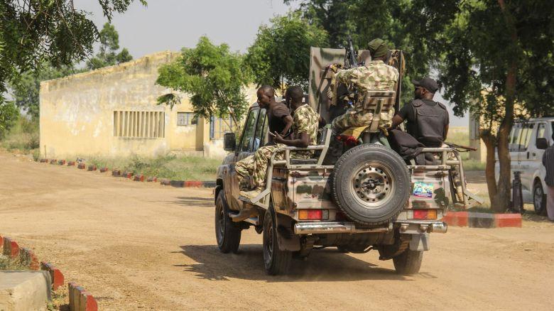 Un week-end meurtrier au Nigeria avec cinq soldats tués et 35 civils enlevés par des djihadistes
