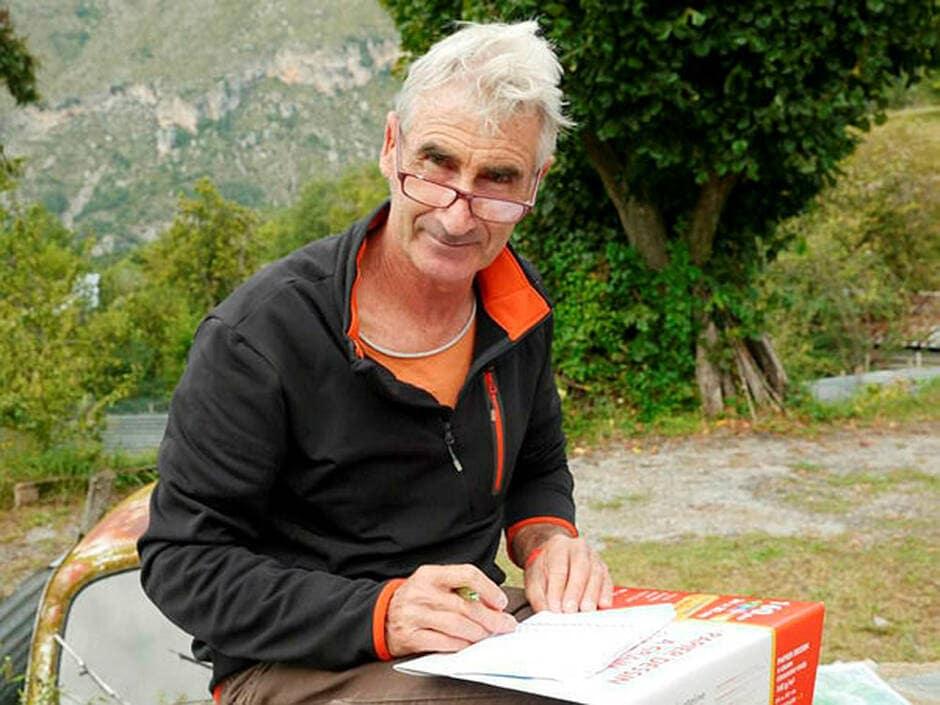 Ouverture à Alger du procès du meurtre d'un guide de montagne français