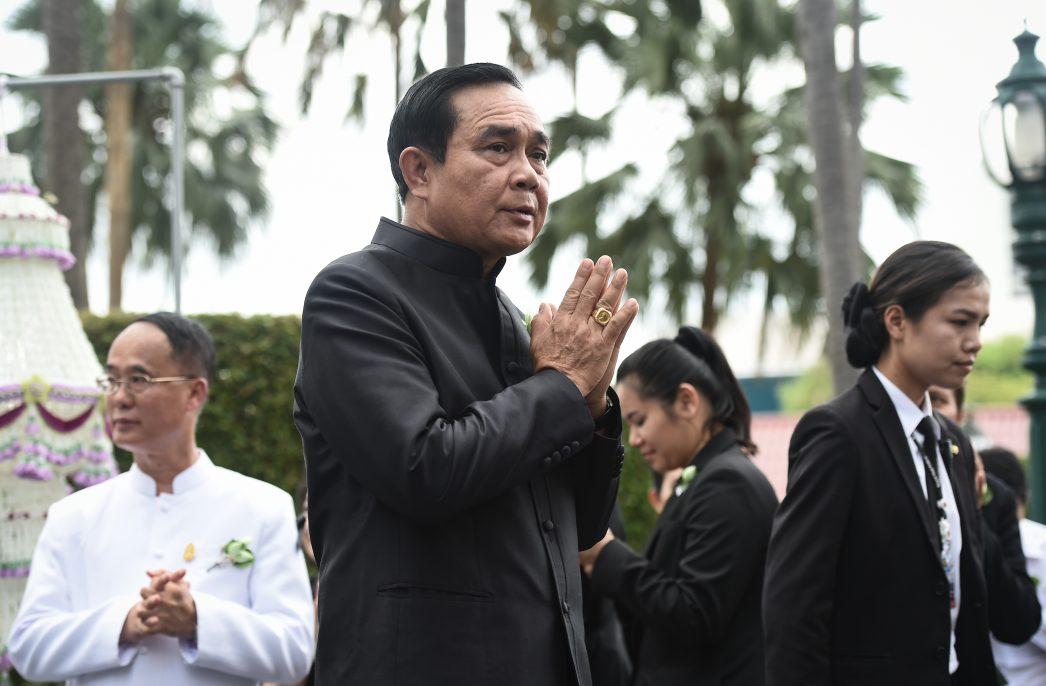 Le chef du gouvernement thaïlandais résiste de nouveau à une motion de censure