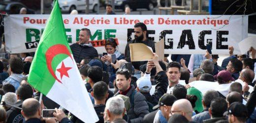L'Algérie annule la proposition de loi sur la déchéance de citoyenneté