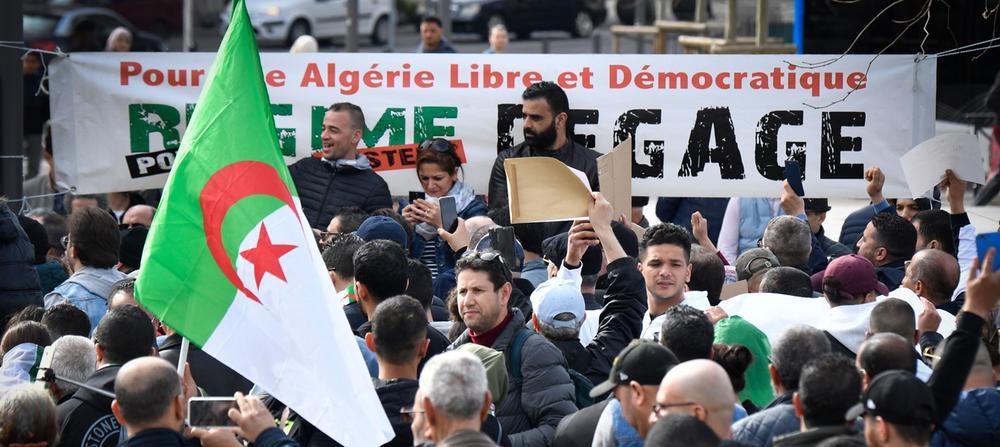 Algérie : Une trentaine de protestataires du Hirak condamnés à des peines de prison ferme