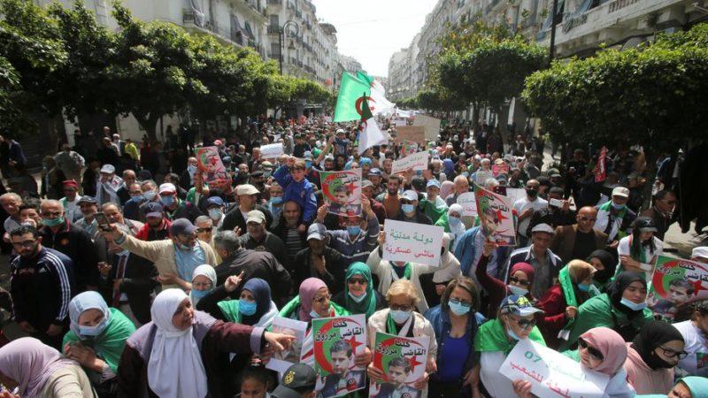 La manifestation hebdomadaire des étudiants à Alger interdite pour la troisième semaine successive