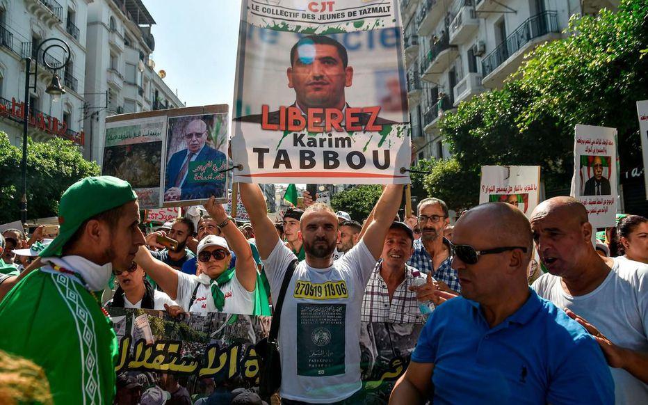 Algérie : Deux opposants interpellés à 48 heures des législatives