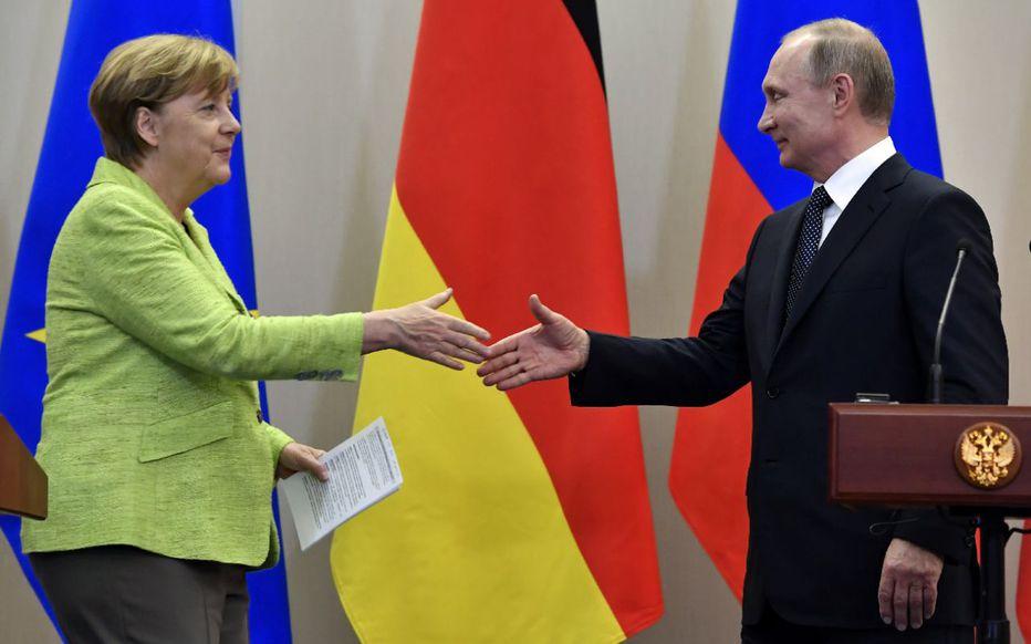 Le sommet de l'Union Européenne avec le président russe Vladimir Poutine n'aura pas lieu