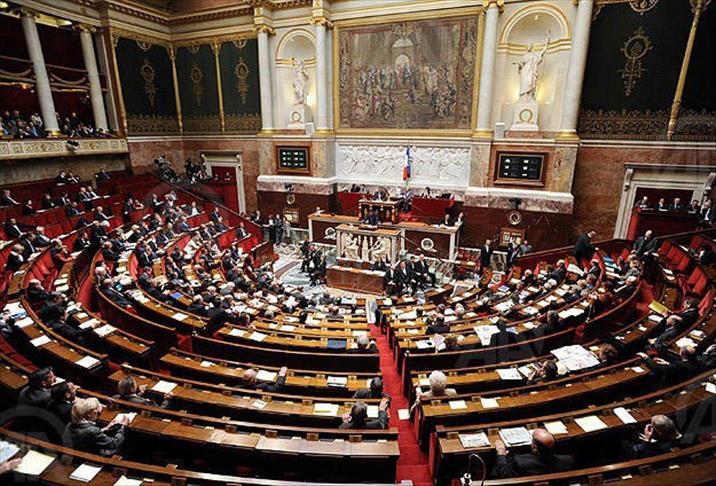 Covid-19 : Le Parlement français approuve définitivement l'extension du pass sanitaire