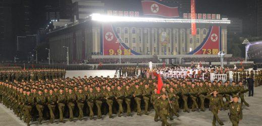 Une parade militaire pour célébrer le 73ème anniversaire de la fondation de la Corée du Nord