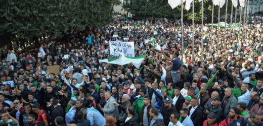 La justice algérienne inflige en appel deux ans de prison à une figure du Hirak
